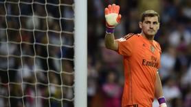 Iker Casillas şi-a anunţat retragerea din fotbal